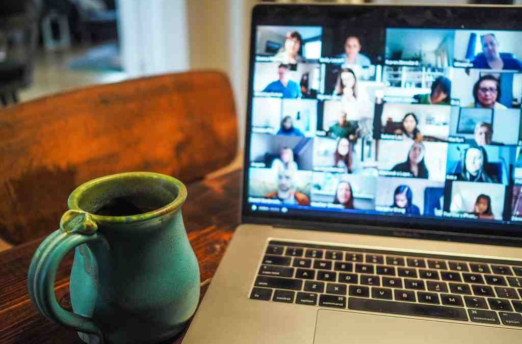 """Your screen is frozen!"" 4 ways to beat the video conference screen freeze"